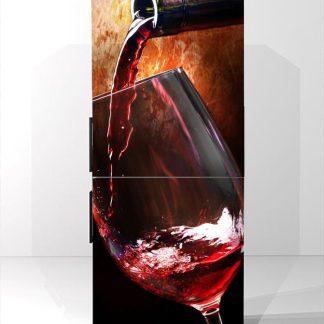 Αυτοκολλητο ψυγείου βάζοντας κρασι