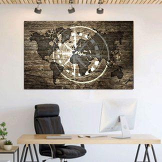 Πίνακας σε καμβά χάρτης με πυξίδα σε φόντο ξύλου