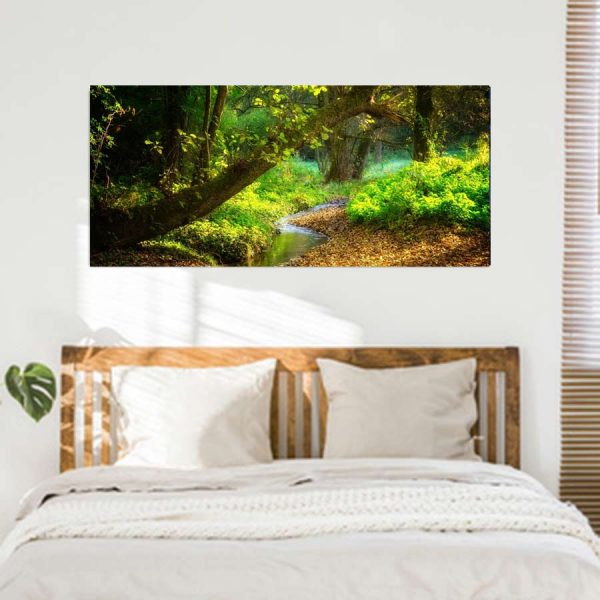 Πανοραμικος πινακας σε καμβα ποταμακι στο δασος